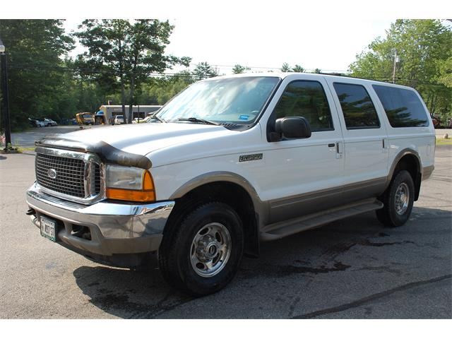 2000 Ford Excursion | 885369