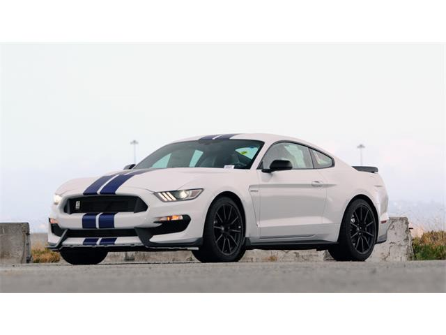2015 Ford Mustang | 885498