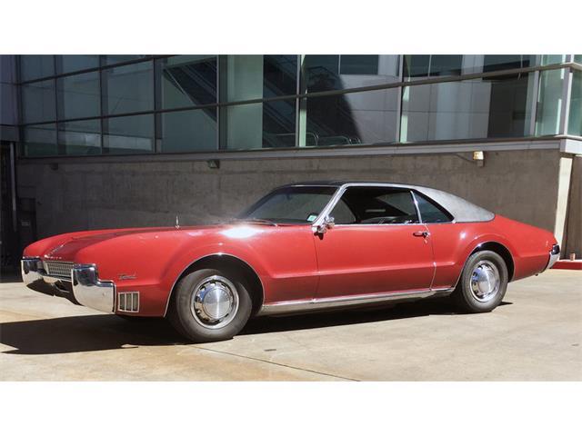 1967 Oldsmobile Toronado | 885644
