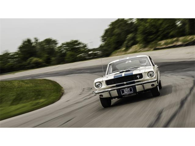 1965 Shelby GT350 | 885769
