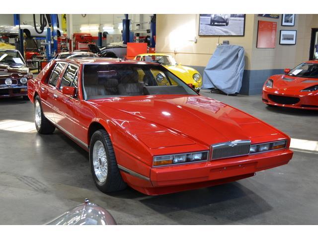 1984 Aston Martin Lagonda | 885982