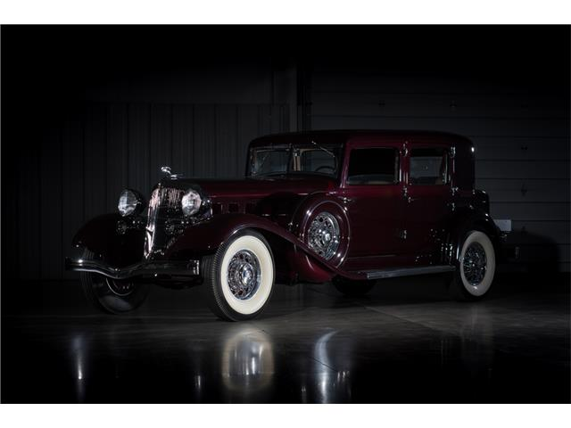 1933 Chrysler Imperial | 886153