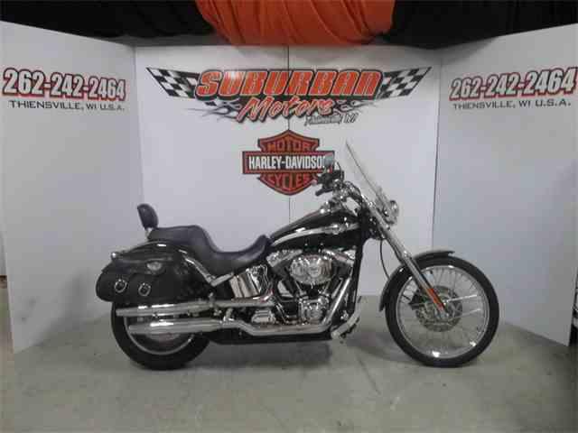 2003 Harley-Davidson® FXSTC - Softail® Custom | 886323