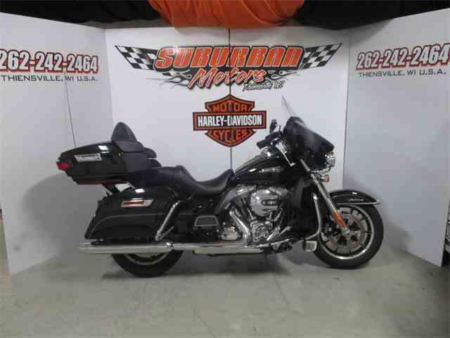 2015 Harley-Davidson® FLHTCU - Electra Glide® Ultra Classic® | 886327