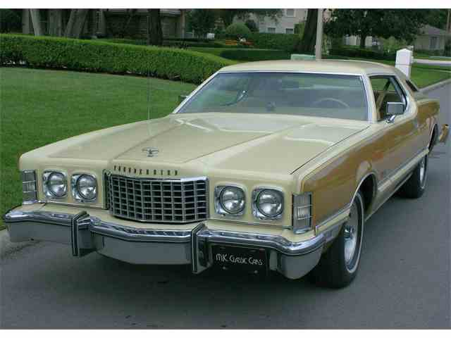 1976 Ford Thunderbird | 886345