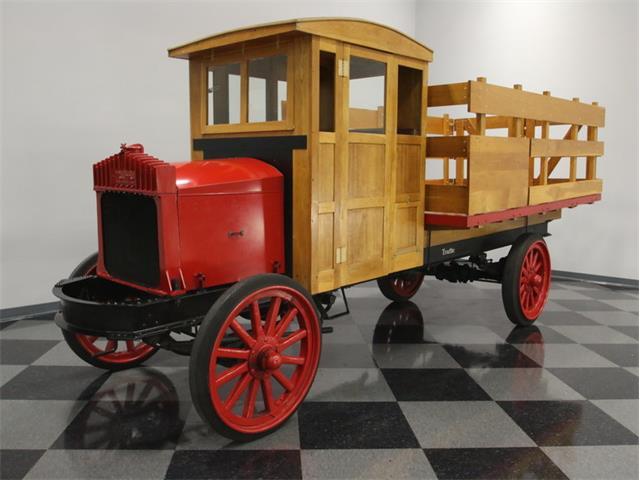 1920 Traffic Motor Truck   886350