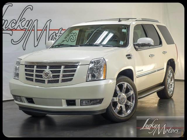 2008 Cadillac Escalade | 886395