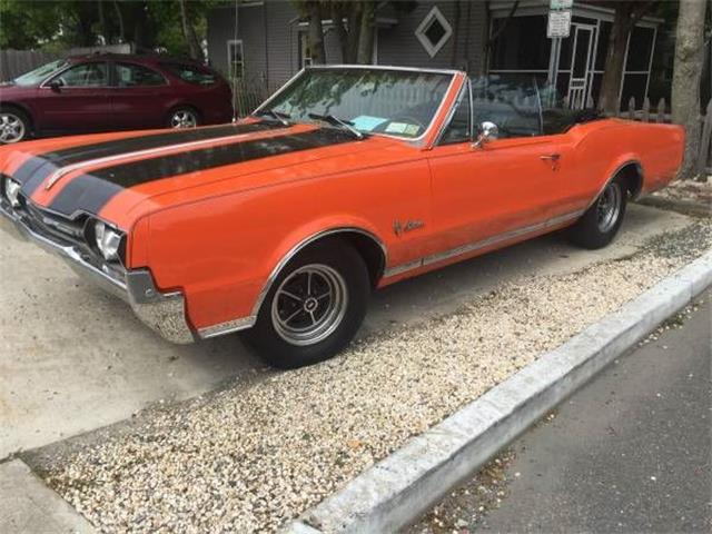 1967 Oldsmobile Cutlass | 886412