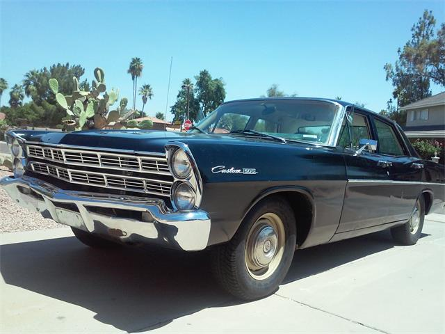 1967 Ford Galaxie 500 | 886416