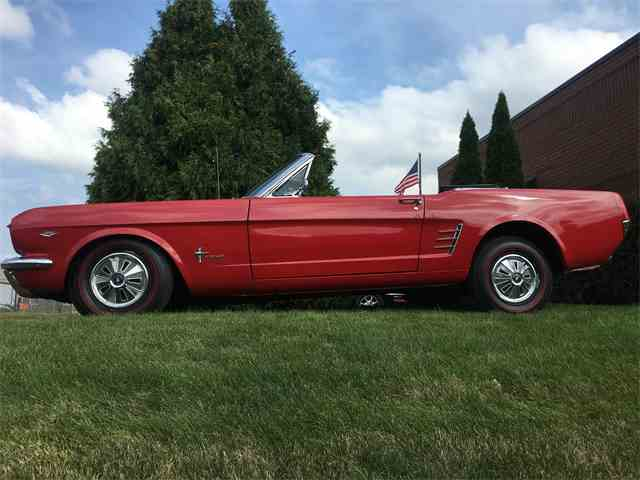 1966 Ford Mustang | 886417