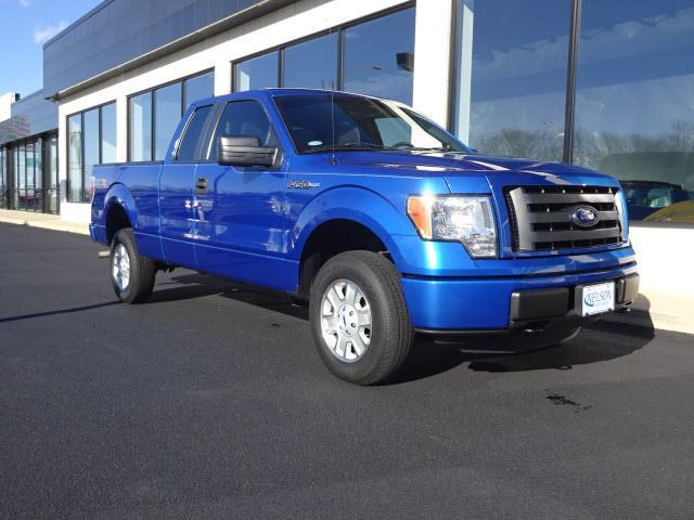 2012 Ford F150 | 886434