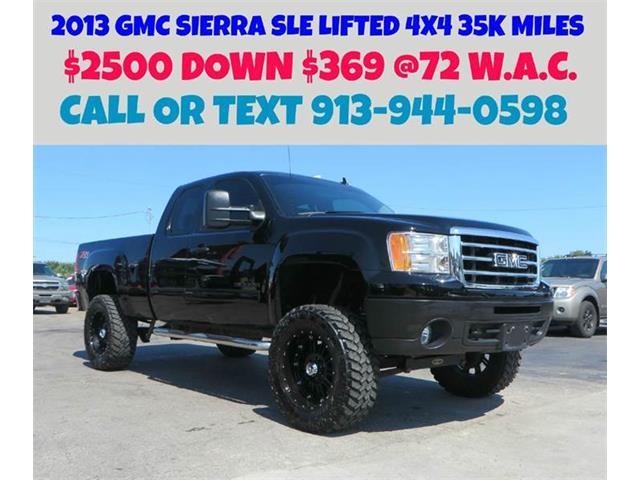 2013 GMC Sierra | 886440