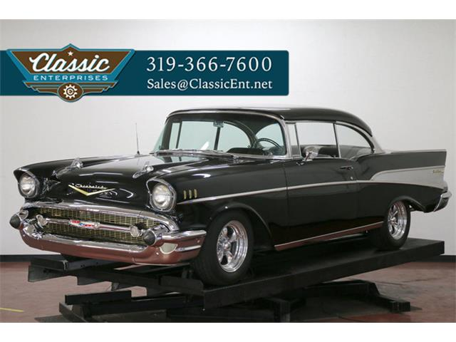 1957 Chevrolet Bel Air   886466