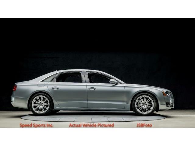 2014 Audi A8 | 886516