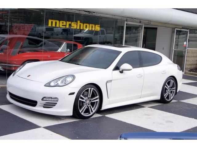 2012 Porsche Panamera | 886524