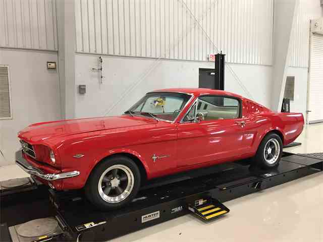 1965 Ford Mustang | 886579
