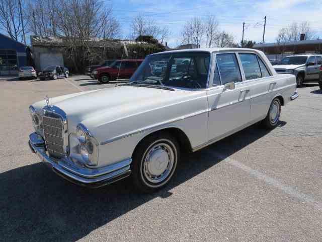 1967 Mercedes-Benz 250S | 886587