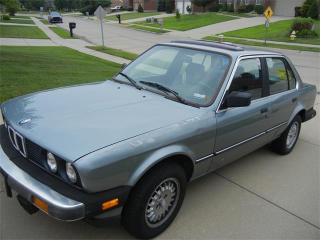 1985 BMW 325 | 886588