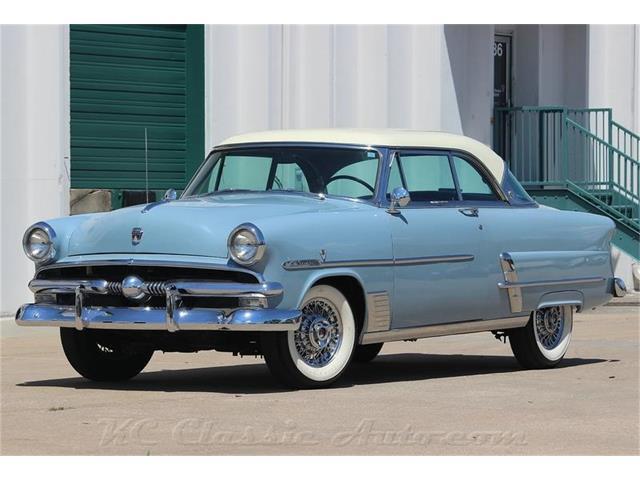 1953 Ford Crestline Victoria AC | 886654