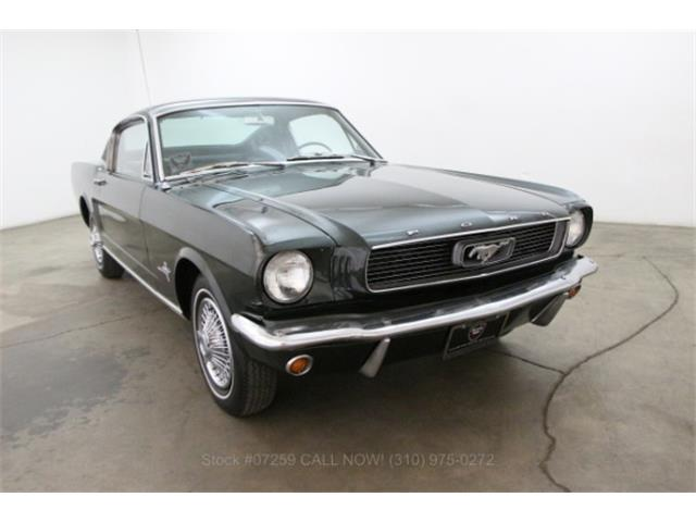 1966 Ford Mustang | 886707