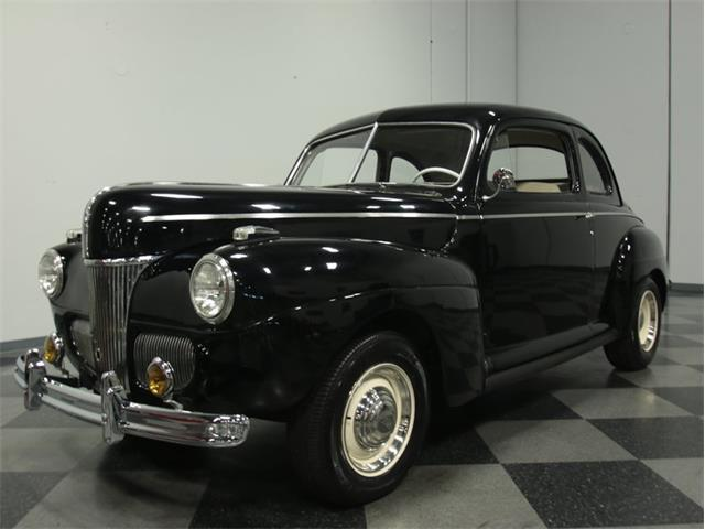 1941 Ford Coupe | 886730