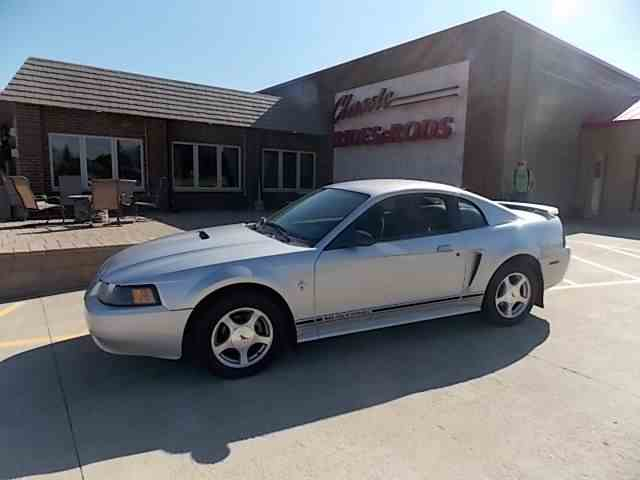 2001 Ford Mustang | 886745