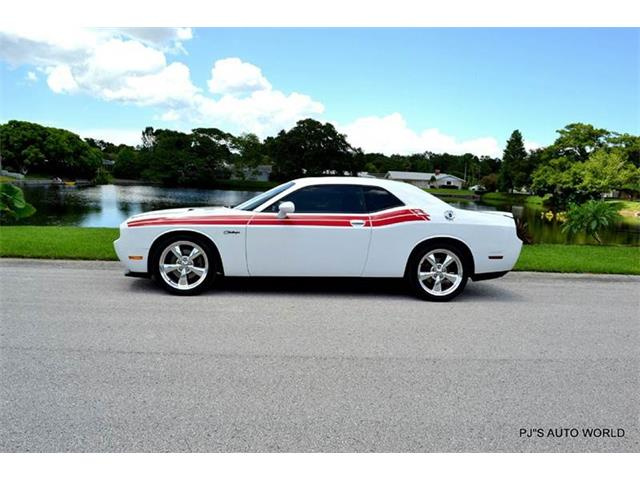 2012 Dodge Challenger | 886760