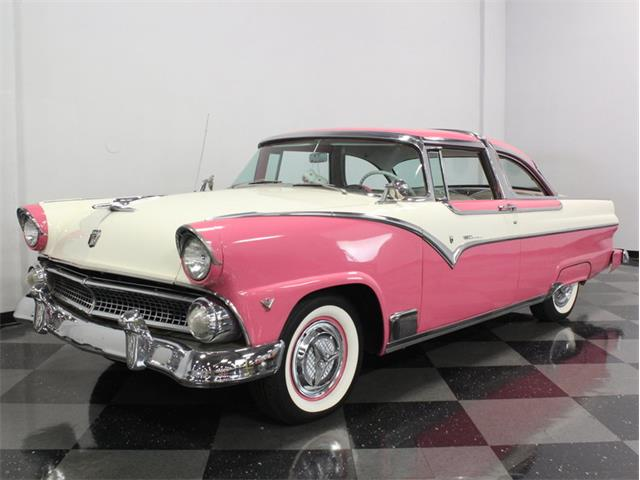 1955 Ford Crown Victoria | 886816