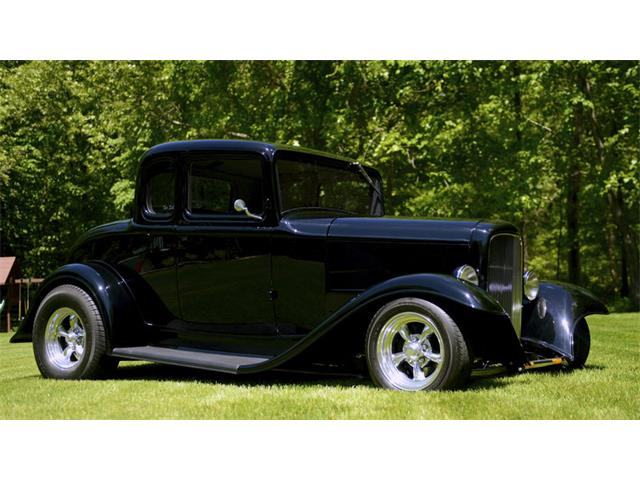 1932 Ford 5-Window Coupe | 880684