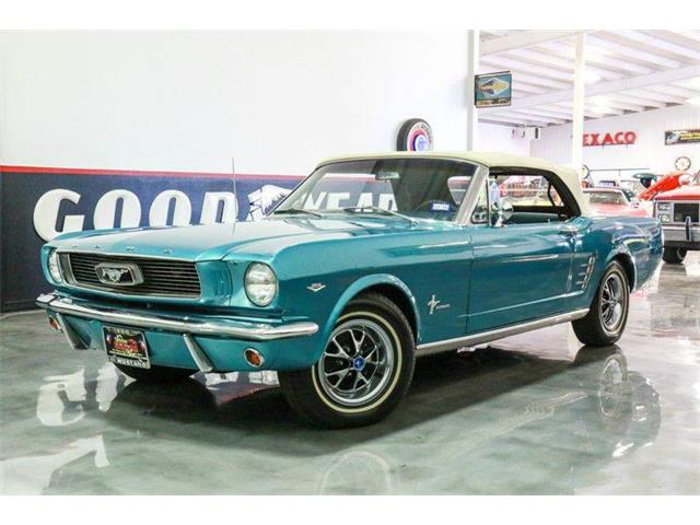 1966 Ford Mustang | 886849