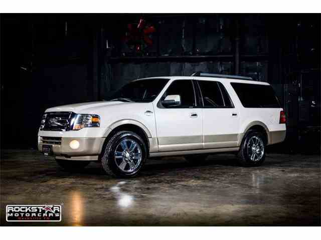 2010 Ford Expedition | 886957