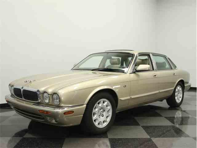 1999 Jaguar XJ8 | 886979