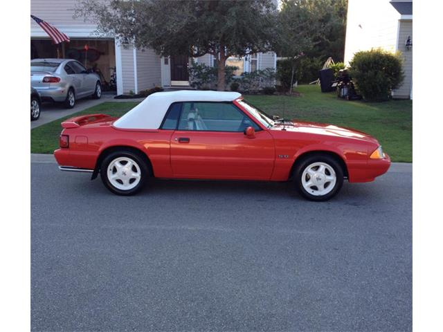 1992 Ford Mustang | 887005