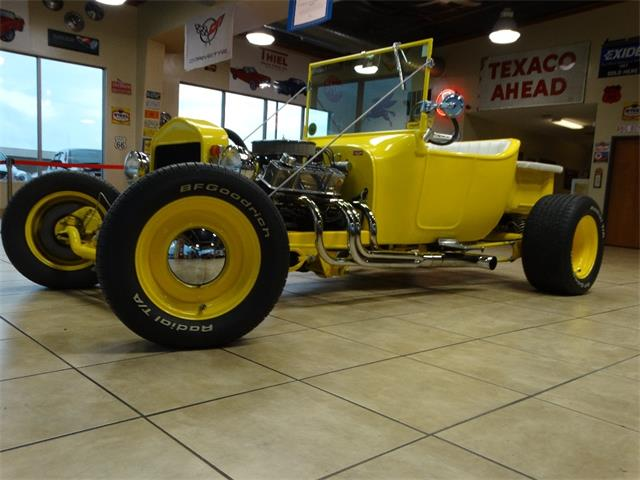 1923 Ford Model T   887025