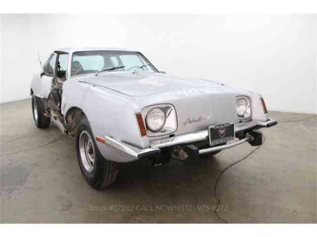 1974 Studebaker Avanti | 887037