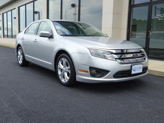 2012 Ford Fusion | 887108