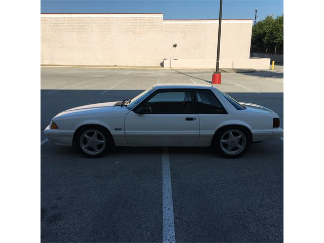 1993 Ford Mustang | 887218