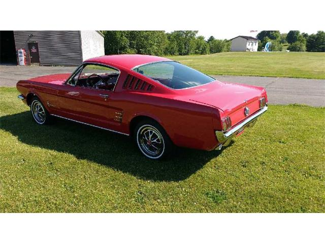 1966 Ford Mustang 2x2 Fastback | 887283