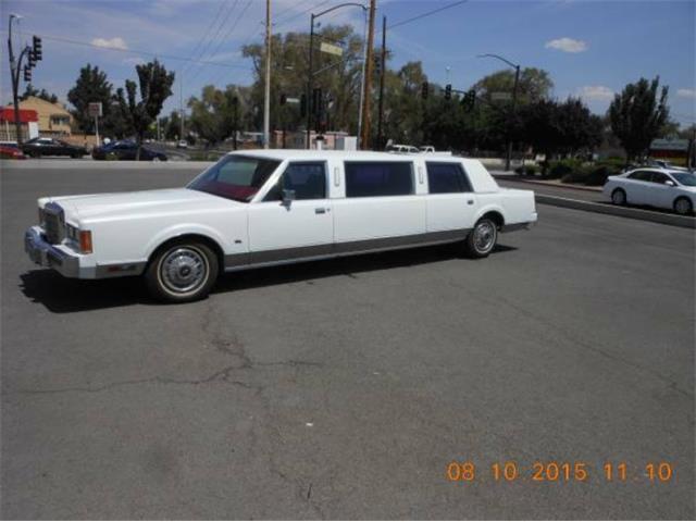 1989 Lincoln Limousine   887379