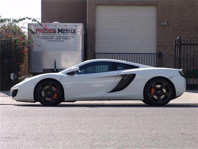 2012 McLaren MP4-12C | 880739