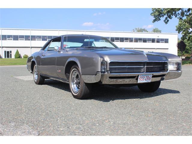 1967 Buick Riviera | 887429