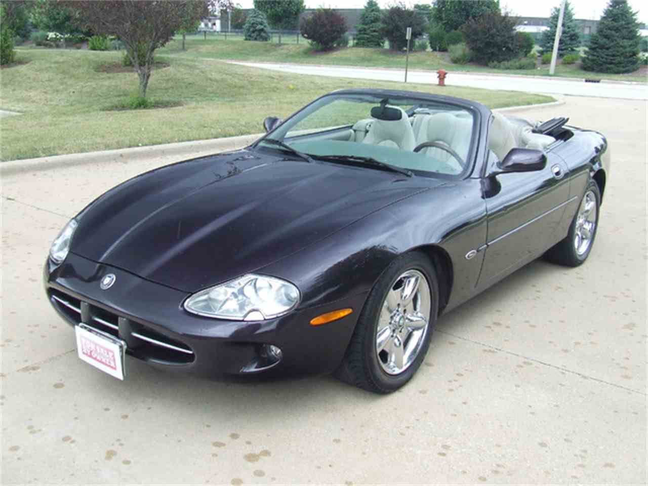 1999 jaguar xk8 for sale cc 887476. Black Bedroom Furniture Sets. Home Design Ideas