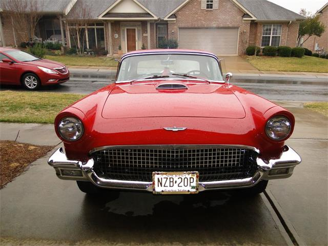 1957 Ford Thunderbird | 887564