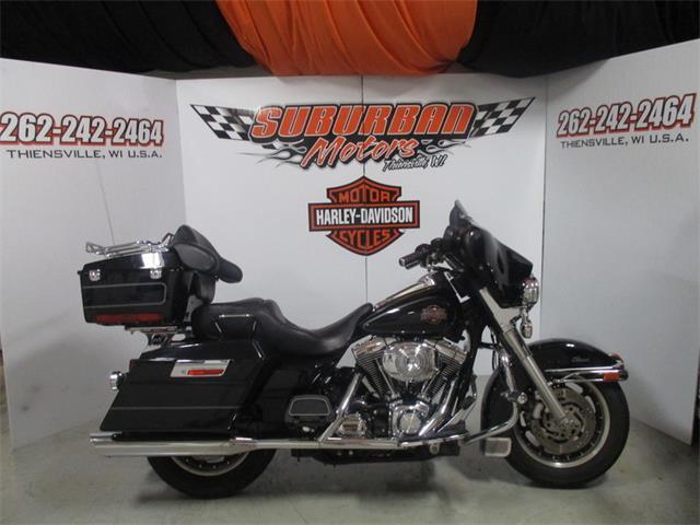 2004 Harley-Davidson® FLHTC-I | 887821