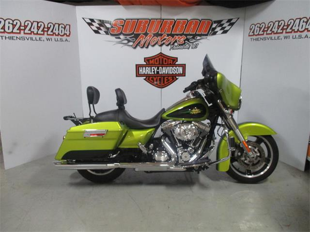 2011 Harley-Davidson® FLHX - Street Glide® | 887823