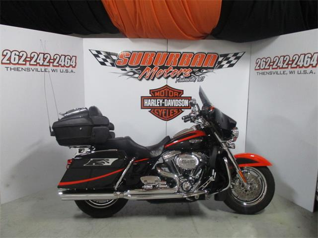 2007 Harley-Davidson® FLHTCUSE2 - Ultra Classic® Screamin' Eagle® Electra Glide® | 887825