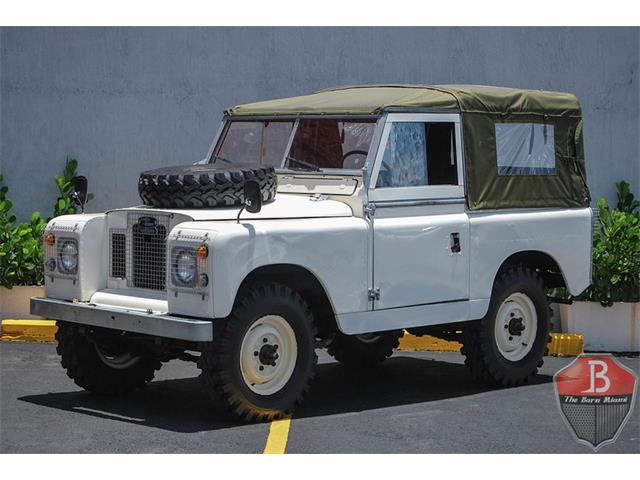 1972 Land Rover Series IIA 88 Santana | 887829
