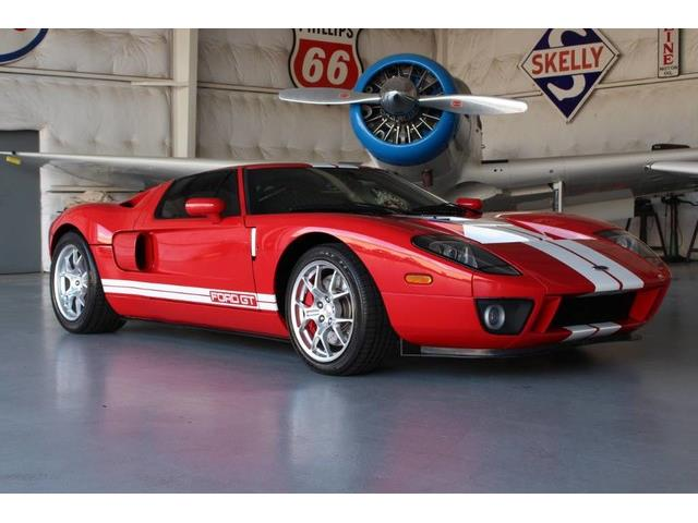 2005 Ford GT | 887837
