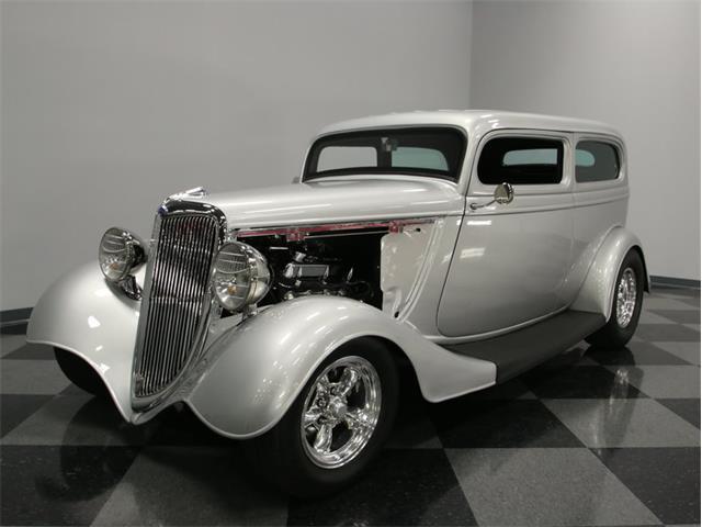 1934 Ford 2-Dr Sedan | 887839