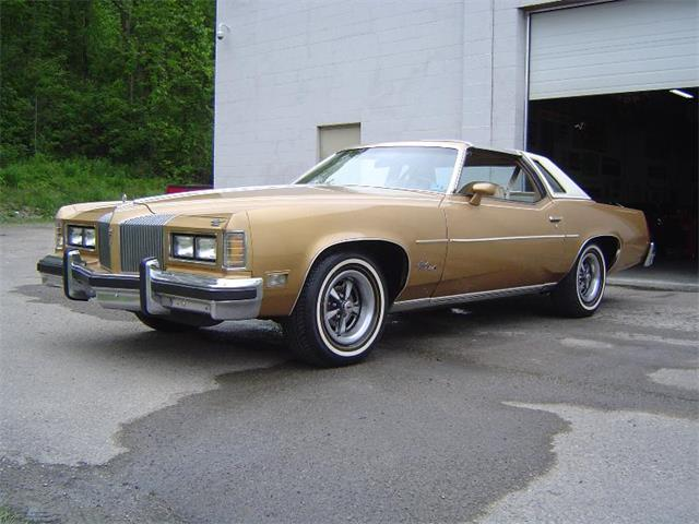 1976 Pontiac Grand Prix | 887870
